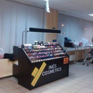 68769085_1_644x461_torgovye-tochki-dekorativnoy-kosmetiki-ines-cosmetics-gomel